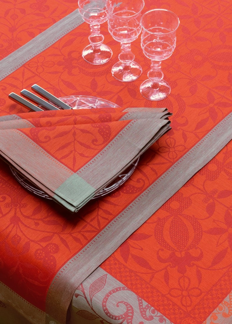 French Luxury table settings Le Jacquard Francais OuiPlease OuiBlog