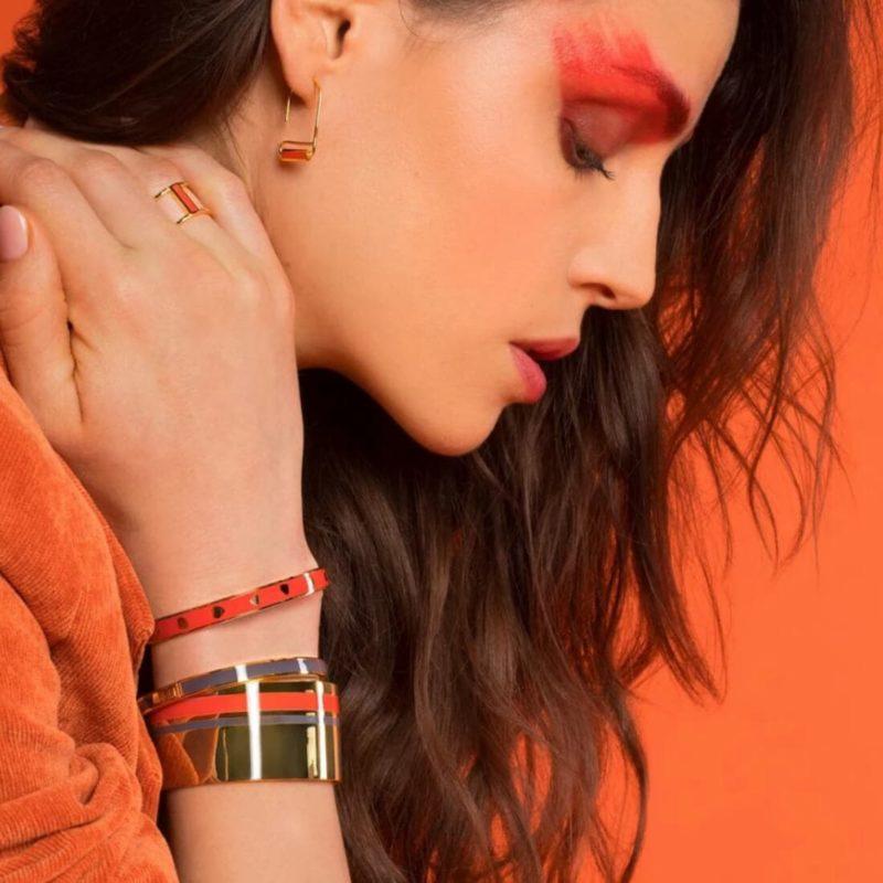 Bangle Up Paris Castelane Cuff Paprika OuiPlease French Online Shop woman wearing three bracelets