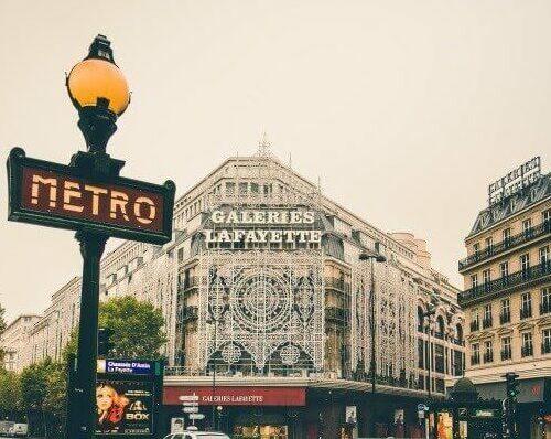 Paris Metro Light Pole