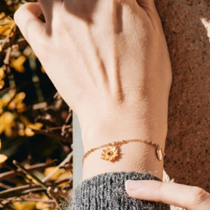 LES NEREIDES SUNFLOWER BRACELET, GRAY SLEEVE